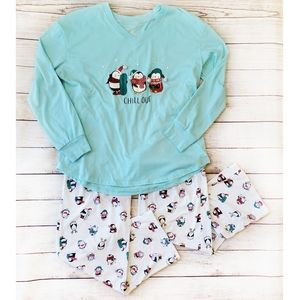 Secret Treasures Sleepwear Penguin Holiday Set